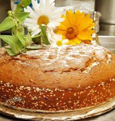 Πολύ ωραία φανουρόπιτα για μοίρασμα Food Decoration, Greek Recipes, Vanilla Cake, Crockpot, Deserts, Pudding, Bread, Breakfast, Sweet