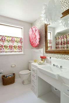 Creative Ways to Add Color to Your Bathroom