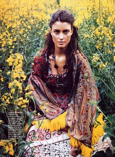 Gypsy bohemian chic.....love the colors and accessories....mysterious fun!