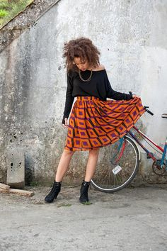 A flirty skirt for transitioning to fall. #etsyfashion