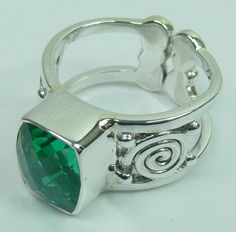 Sterling Silver Ring with DOUBLET RAINBOW PERIDO CB CUT stone (AJRG17)  Specifications:  Silver wt. in gm : 7.79 Stone wt. in gm : 0.826 Gross Wt. in gm: 8.616