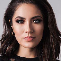 Does Makeup, Makes Videos  Los Angeles, CA ✉️ melissa.alatorreMUA@gmail.com AlatorreSnaps  AlatorreTweets  ⇣THE WINGED SHADOW EFFECT HOW TO⇣