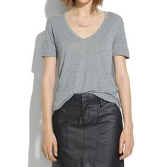 Madewell - V-Neck Slouch Tee - the perfect comfy/sloucy tee (aka what I want to wear every single day!)