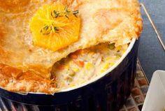 Florida Orange Chicken and Corn Pot Pie Florida Oranges, Orange Chicken, Pot Pie, Apple Pie, Cornbread, Macaroni And Cheese, Menu, Ethnic Recipes, Desserts