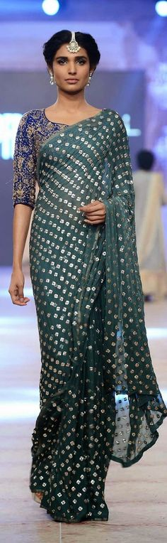 ''Pinterest @Littlehub || Six yard- The Saree ❤•。*゚'' || Nida Azwer's saree