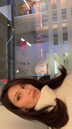 Estilo Gigi Hadid, Bella Gigi Hadid, Bella Hadid Outfits, Bella Hadid Style, Hair Inspo, Hair Inspiration, Lily James, Zendaya Coleman, Maddie Ziegler
