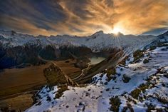 Mt Sefton Sunset by Yan Zhang