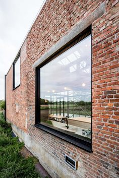 House Cladding, Facade House, Modern Brick House, Cottage Extension, Steel Doors And Windows, Bungalow Exterior, Glass House, Colorful Interiors, My Dream Home