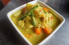Khmer seafood curry