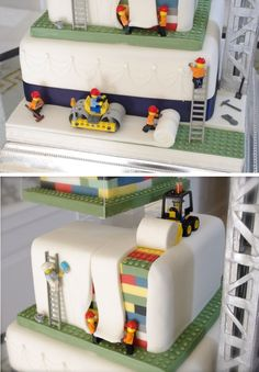Lego wedding cake - under construction! Having the Lego men look like they're building the cake is making us smile :p Beautiful Cakes, Amazing Cakes, Lego Torte, Lego Wedding Cakes, Bolo Lego, Decors Pate A Sucre, Super Torte, Lemon And Coconut Cake, Lego Birthday Party