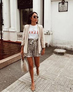 Casual Outfit: Printed t shirt and relaxed blazer paired with leo shorts