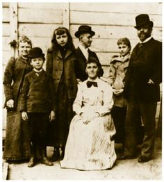 Antonin Dvorak and his family in United States, 1893 (image)