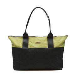 14 fantastiche immagini su Jacroki and Recycled Seatbelt Bags ... b5be9663b79