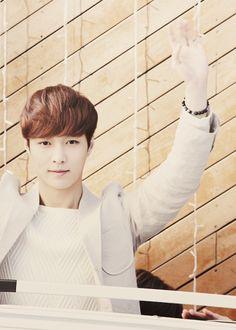 lay ~ #exo Yixing Exo, Chanyeol, Song Daehan, Kim Jong Dae, Nature Republic, Exo Korean, Exo Ot12, Hanbin, Dimples