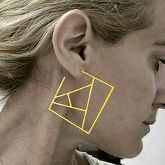 Squares earrings with a geometric inspiration by Katia Wamvaka in yellow gold plated __________