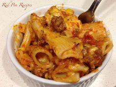 Goulash, just like grandma makes. Goulash, Stew, Pasta, Dishes, Chicken, Recipes, Food, One Pot, Flatware
