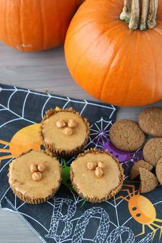 Mini Pumpkin Cheesecakes with Gingersnap Crust #CMcantwaitCGC