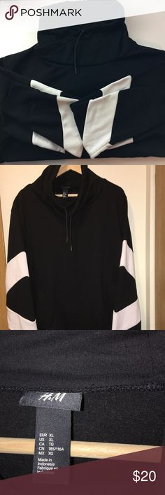 H&M Men's Sweater/Size XL H&M Men's  in Great Used Condition! There are No Flaws with this item, and is free and clear of any noticeable stains, rips, tears or pulls of fabric. Overall this Sweater looks great and you will love it at a fraction of the price! If you notice a flaw that we did not mention, please contact us first before leaving negative feedbacks. We are only human and may make a mistake once in a while. H&M Sweaters