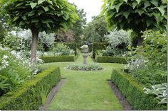 A belgian garden inspired by english gardens - love this - hedges and sage trees, the sage may be beautiful in the back Formal Gardens, Outdoor Gardens, Landscape Design, Garden Design, Boxwood Garden, Garden Inspiration, Garden Ideas, Box Garden, Glass Garden