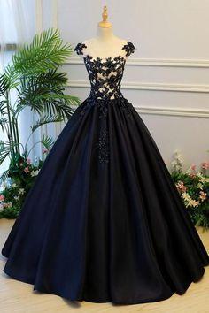 6ed26945cdb Généreuse bouffante une ligne cap manches lacets longue robe de bal en  satin noir avec des