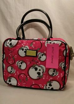 Betseyville pussy cat cosmetic case