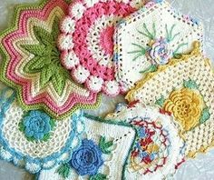 crochet vintage potholders by Mary5604