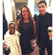 """We made mom beautiful for the  NAACP Image Awards! Base color, apricot highlights w #olaplex & beach wave  style.  Congratulations to her son Marcus Scribner & Marsai Martin. For a fabulous job on TV show """"Blackish"""" #Studio #latergram #hair #newhair #california #arizona #fashion #tv #entrepreneur #actress #actor #naacpimageawards #foodie #food #swagg #musician #filmphotography #rnb #urban #film #fleek #blackish"""