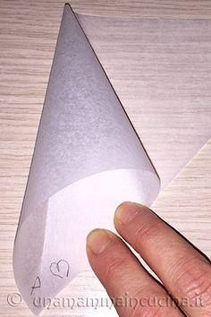 Come preparare una sac a poche o siringa per pasticcere passo per passo