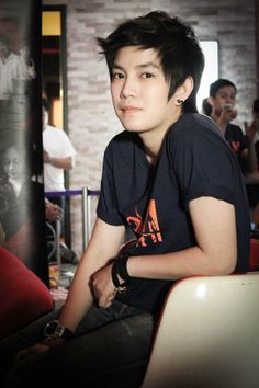 Tina Suppanad Jittaleela Butches, My Idol, Lesbian, Crushes, Handsome, Hairstyle, Kpop, Actresses, Actors