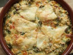 Gratinado de habas, alcachofas y coliflor. Ver receta: http://www.mis-recetas.org/recetas/show/42505-gratinado-de-habas-alcachofas-y-coliflor