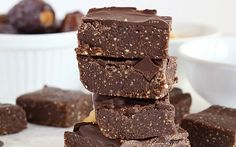 <p>Made with sticky, caramel-like dates, rich cocoa powder, peanuts, and melty chocolate chips, these bars taste just like a Snickers bar but are much healthier for you!</p>