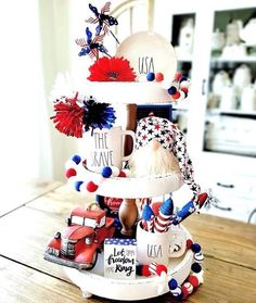 Happy Monday Y'all! ♥️💙♥️💙♥️💙♥️ It's time for another week of All of the entries this week were Ah-maz-ing, but we… Fourth Of July Decor, 4th Of July Celebration, 4th Of July Decorations, 4th Of July Party, July 4th, 4th July Crafts, Patriotic Crafts, Seasonal Decor, Holiday Decor
