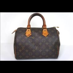 Louis Vuitton Speedy 25 lowest prices as 375 Vintage Louis Vuitton Speedy 25. Normal wear from years of use. Date code is FH0940. Handles have darkened from use. Zipper pull has torn off from use. Zipper still works fine. Louis Vuitton Bags