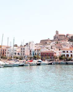 Most Beautiful Beaches, Beautiful Sunset, Beautiful Places, Ibiza Town, Ibiza Beach, Ibiza Holidays, Ibiza Island, Places To Travel, Places To Visit