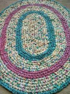 """Red and Green Gingham/Yellow Print Handmade Oval Rag Rug 32"""" x 39"""" Reversible! by MarysRaggedyRugs on Etsy"""