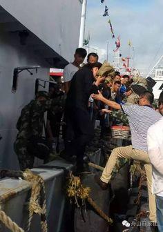Donna cade dalla nave e rimane per 38 ore in balia del mare