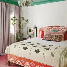 Beautiful bedroom by Jennifer Culp. I am such a lover of lacquered ceilings.