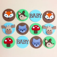 Woodland animals fondant cupcake toppers! Baby Shower cupcakes