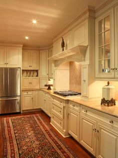 Persian rugs in the kitchen look so warm and cosy and they are surprisingly resilient.