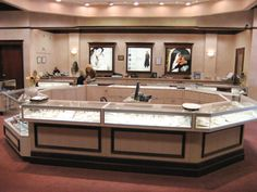 King Furs and Fine Jewelry has been serving the Mid South region for over 60 years. We are a full service furriers and fine jewelers and feature the best quality and value in both departments. As a member of Preferred Jewelers International and Continental Buying Group, King has fantastic affiliations with the most excellent retailers, manufacturers, factories, diamond cutters, and designers in the US and around the globe.