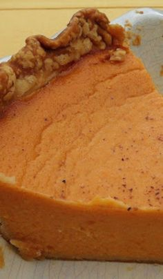 Old Fashion Southern Sweet Potato Pie Delicious pie you will want to make again and again Köstliche Desserts, Delicious Desserts, Dessert Recipes, Yummy Food, Cupcake Recipes, Southern Comfort, Sweet Pie, Sweet Sweet, Pie Dessert