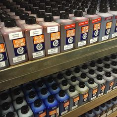 Nero leather dye 250ml! Graff City, Graffiti Supplies, Leather Dye, Art Studios, Poster, Painting, Design, Painting Art