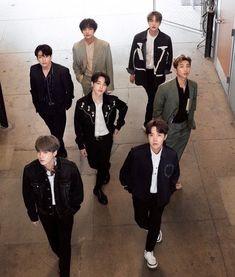 BTS for Japanese magazine Anan Bts Lockscreen, Foto Bts, Bts Taehyung, Bts Bangtan Boy, Jung Hoseok, Seokjin, Namjoon, K Pop, Park Jimim