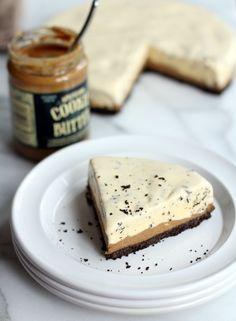 Chocolate Cookie Butter Ice Cream Cake. Oh my goodness YUM!