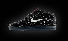 [Nike SB] Nike SB Flash Pack 반사체 디테일로 야간에 더 빛나는 나이키 SB의 Flash Pack. 루나 야노스키와 에릭코스턴 그리고 덩크 하이. 원하는 스타일로 착용하실 수 있습니다. [매장안내] 명동 눈스퀘어 / 02.773.3523 홍대 프리미엄 / 02.322.1367 온라인 스토어 / http://kasina.co.kr #Kasina #NikeSB #FlashPack