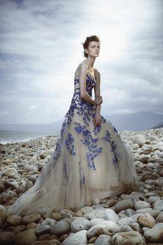 Wedding Magazine - Lookbook: coloured wedding dresses