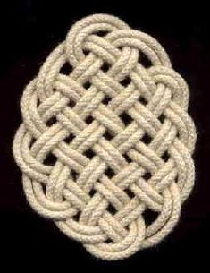 Dutch site with LOTS of rope and knot tutorials - GREAT resource