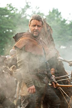 Russell Crowe stars as Robin Hood in Universal Pictures Robin Hood (2010)