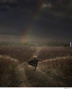 Vene rahvusest fotograaf on loonud imekauni fotoseeria oma kahest pojast ja nende farmis elavatest loomadest!
