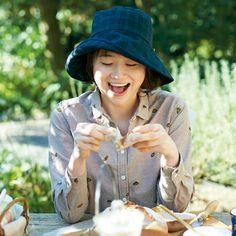 朝ごはんはパンにしよう。|サニークラウズ 朝ごはんはパンが好きシャツ〈レディース〉A